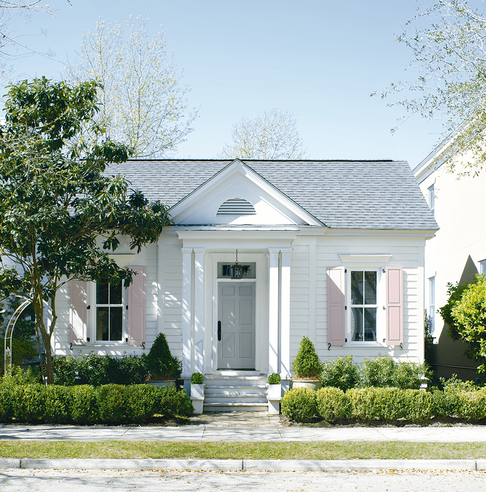 Exterior Paint in Brooklyn, New York - Mazzone Paint Center - Benjamin Moore Authorized Retailer